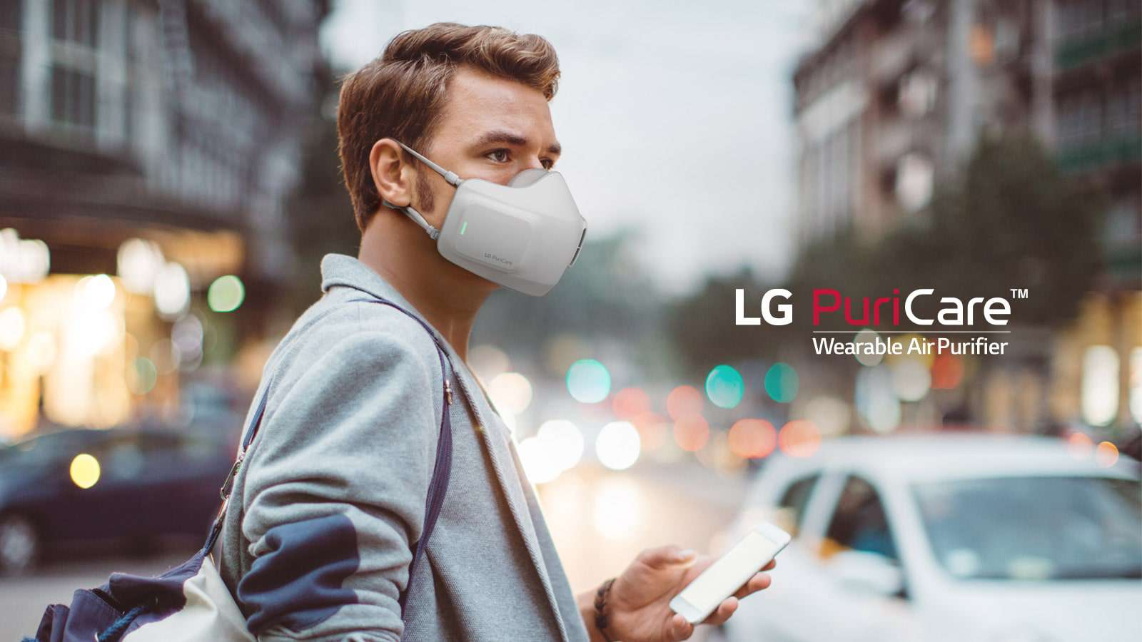 Man wearing the LG PuriCare Wearable Air Purifier