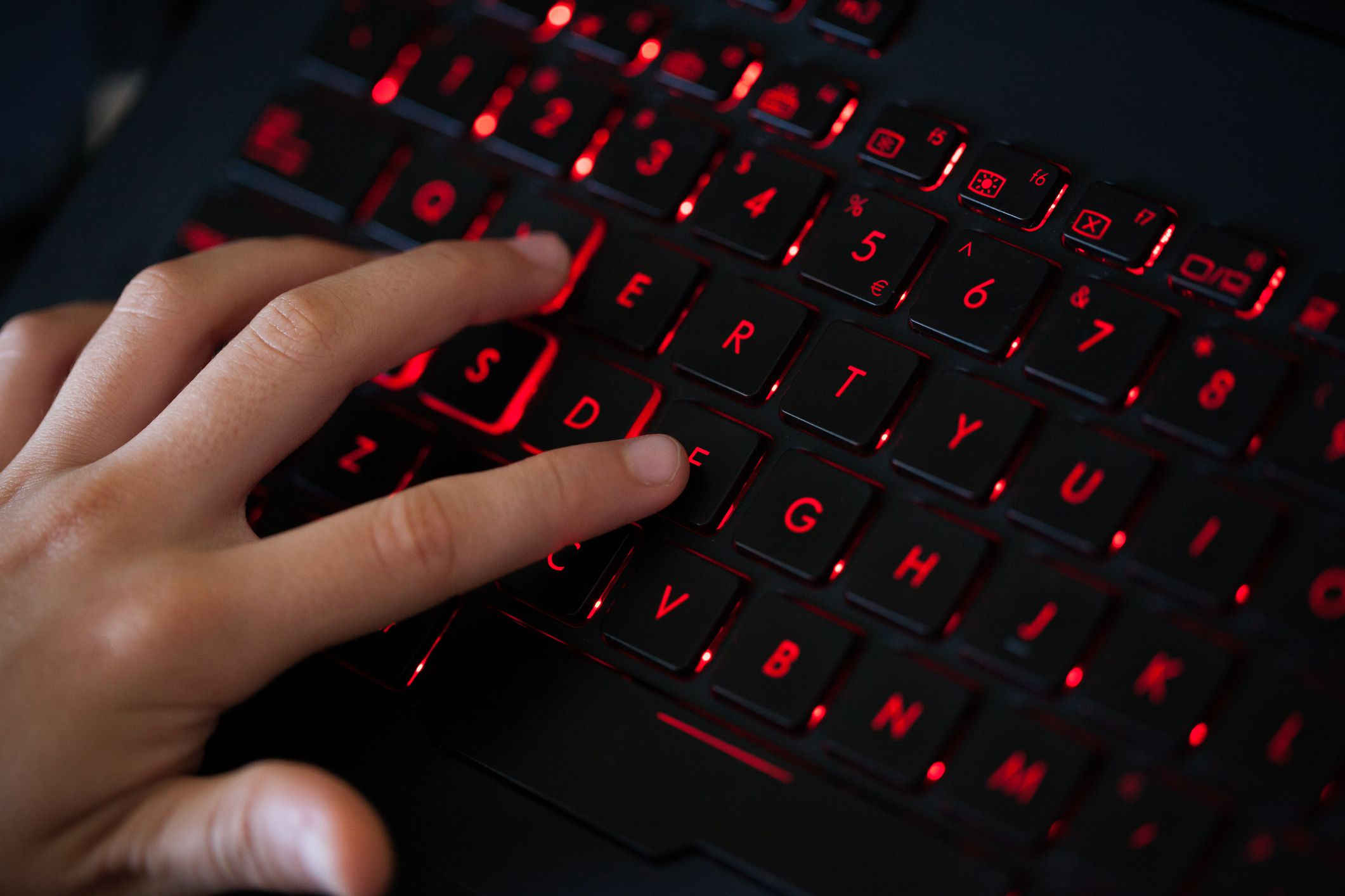 The 8 Best Wireless Gaming Keyboards of 2019