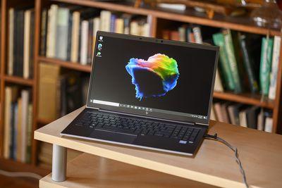 HP Firefly 15 G8