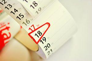 A single date on a vertical day calendar