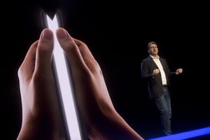 An image of a foldable phone from the Samsung Developers Conference.