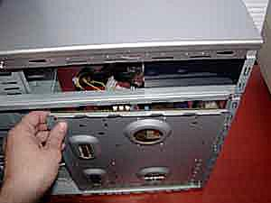 Replacing the motherboard tray in a desktop PC case