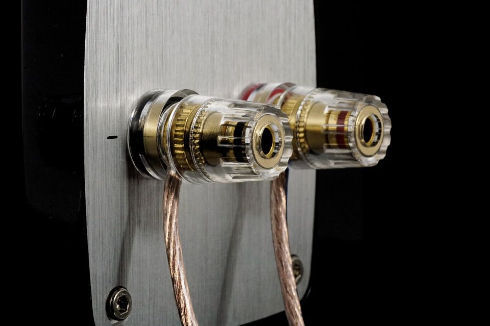 how to splice wires for speakers in your home theater. Black Bedroom Furniture Sets. Home Design Ideas