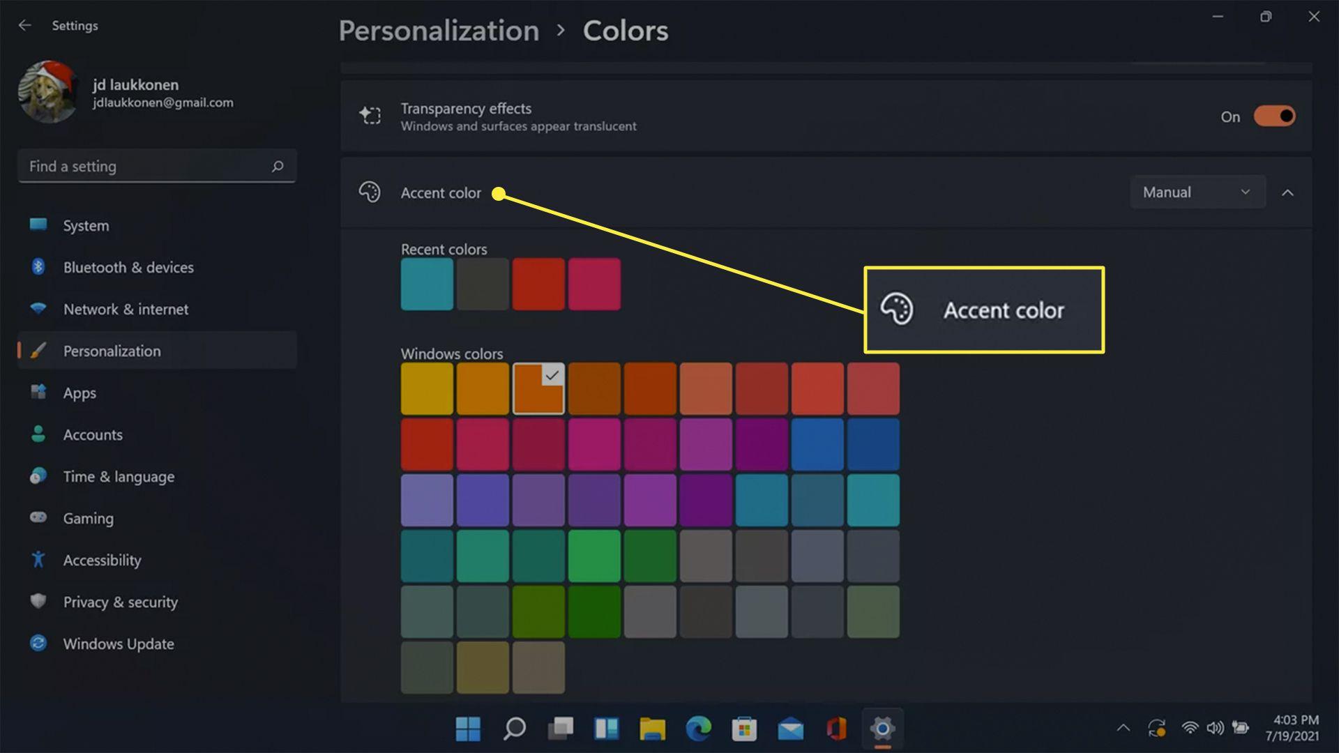 Custom accent colors in Windows personalization.