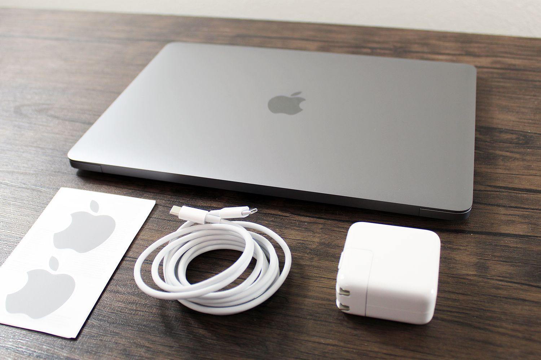 MacBook Air (M1, 2020)