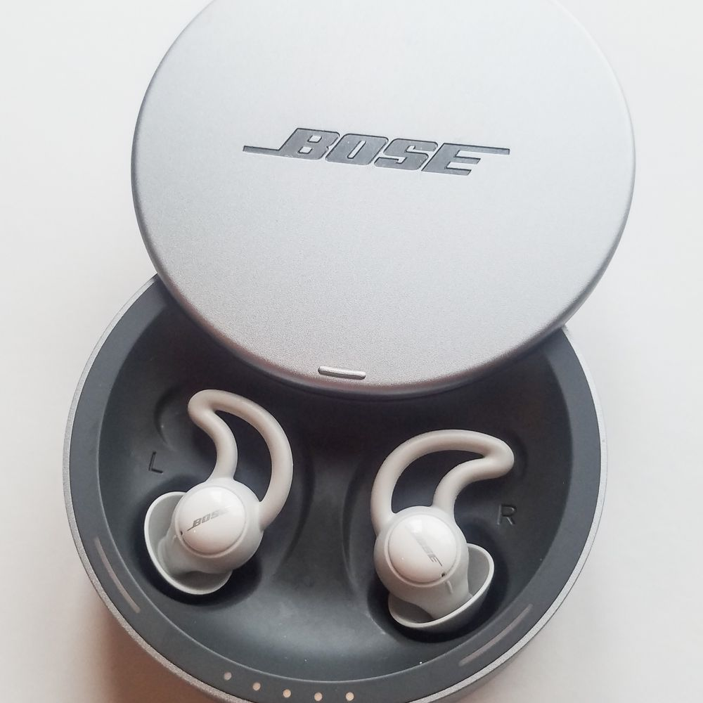 """One of our testers raved that these headphones were """"by far the best sleeping  headphones I ve experienced to date."""" A big part of what made them stand  out  01e444234"""
