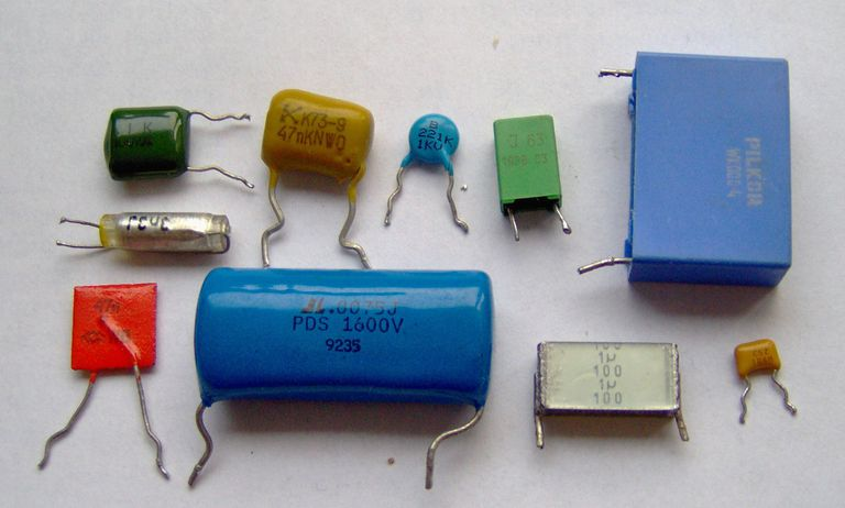 Electronic component capacitors.