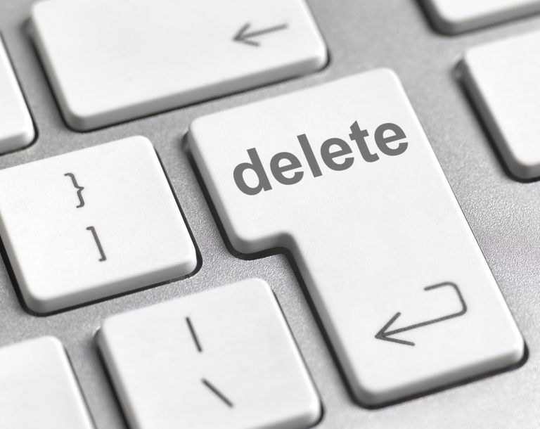 Deleting Files And Folders Using Linux