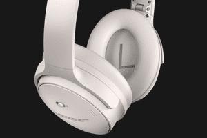 Bose's QuietComfort 45 headphones in white