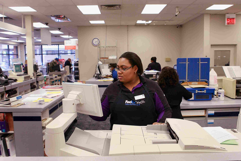 Job Seekers Take Advantage Of Free Resume Printing Offer