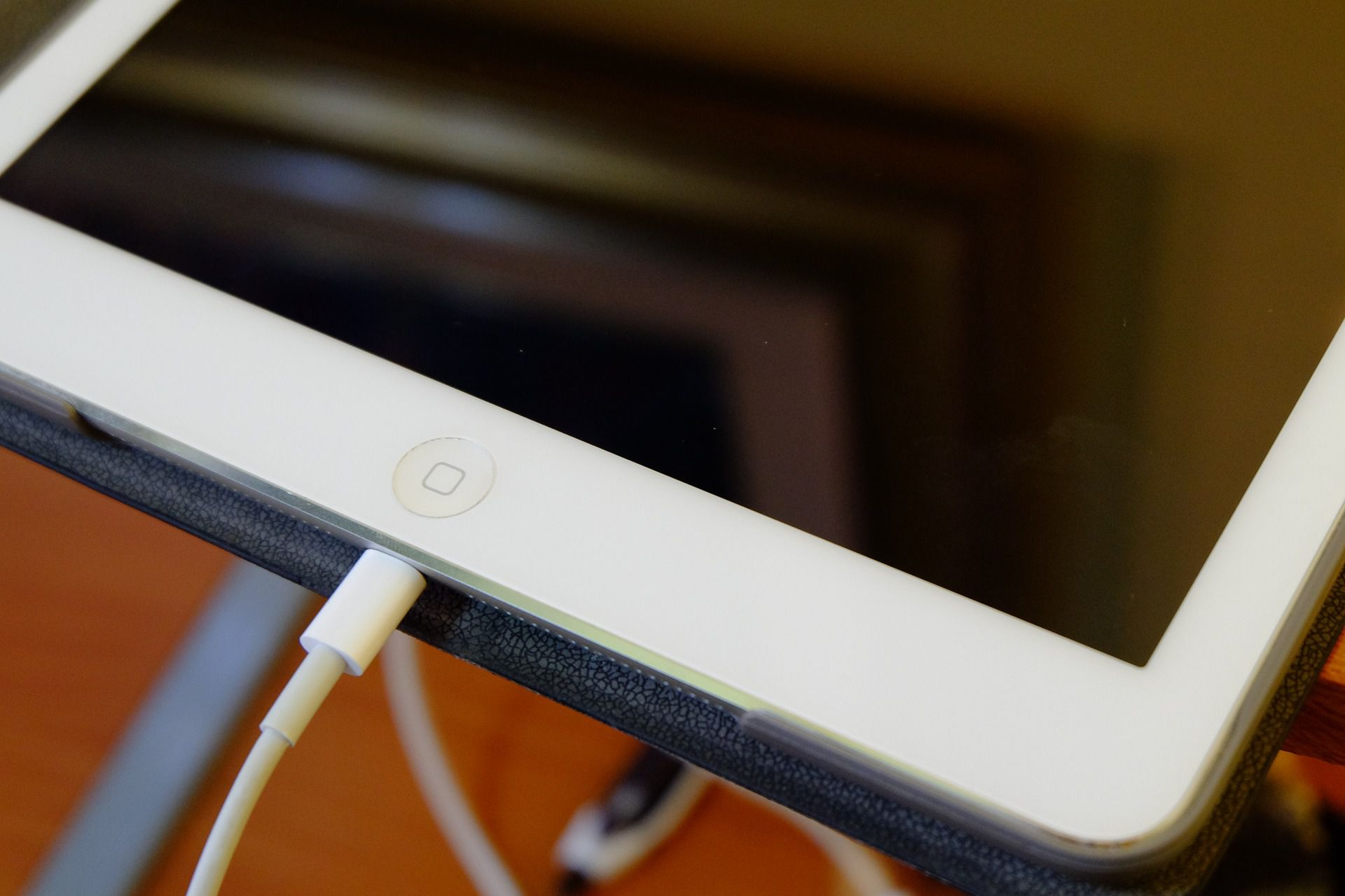 How to Fix an iPad That Won't Charge or Charges Slowly