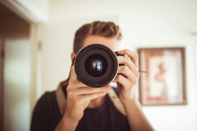 Man with Zoom lens