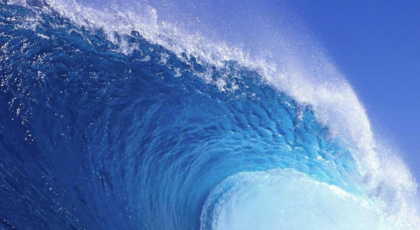 15 Best Free Ocean Wallpapers For Your Desktop Or Phone