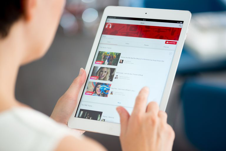 How to Play YouTube Videos on Your Mobile Device