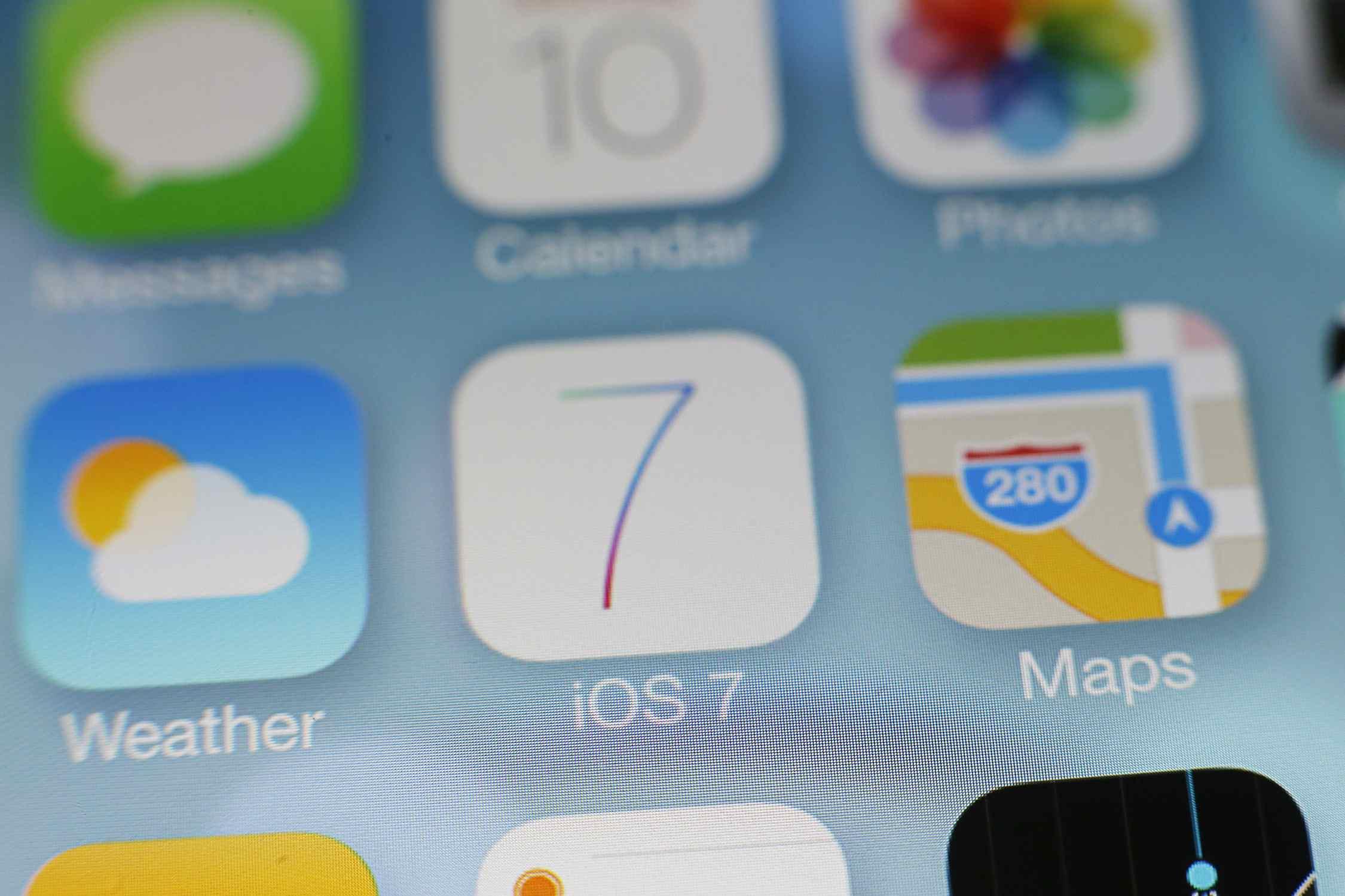Material design in iOS 7