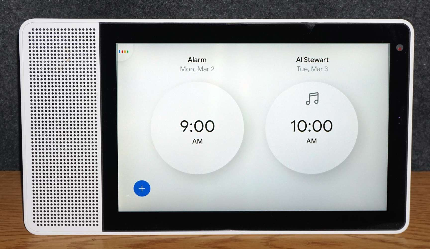 Alarm List on Lenovo Smart Display