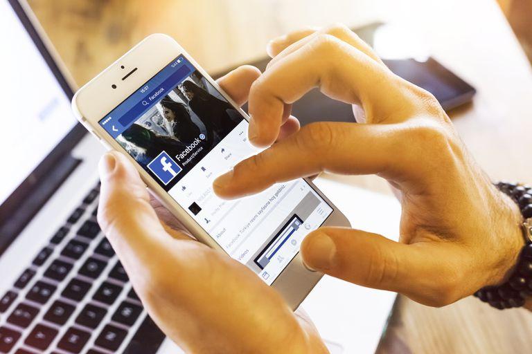 Facebook profile on Apple iPhone 6s