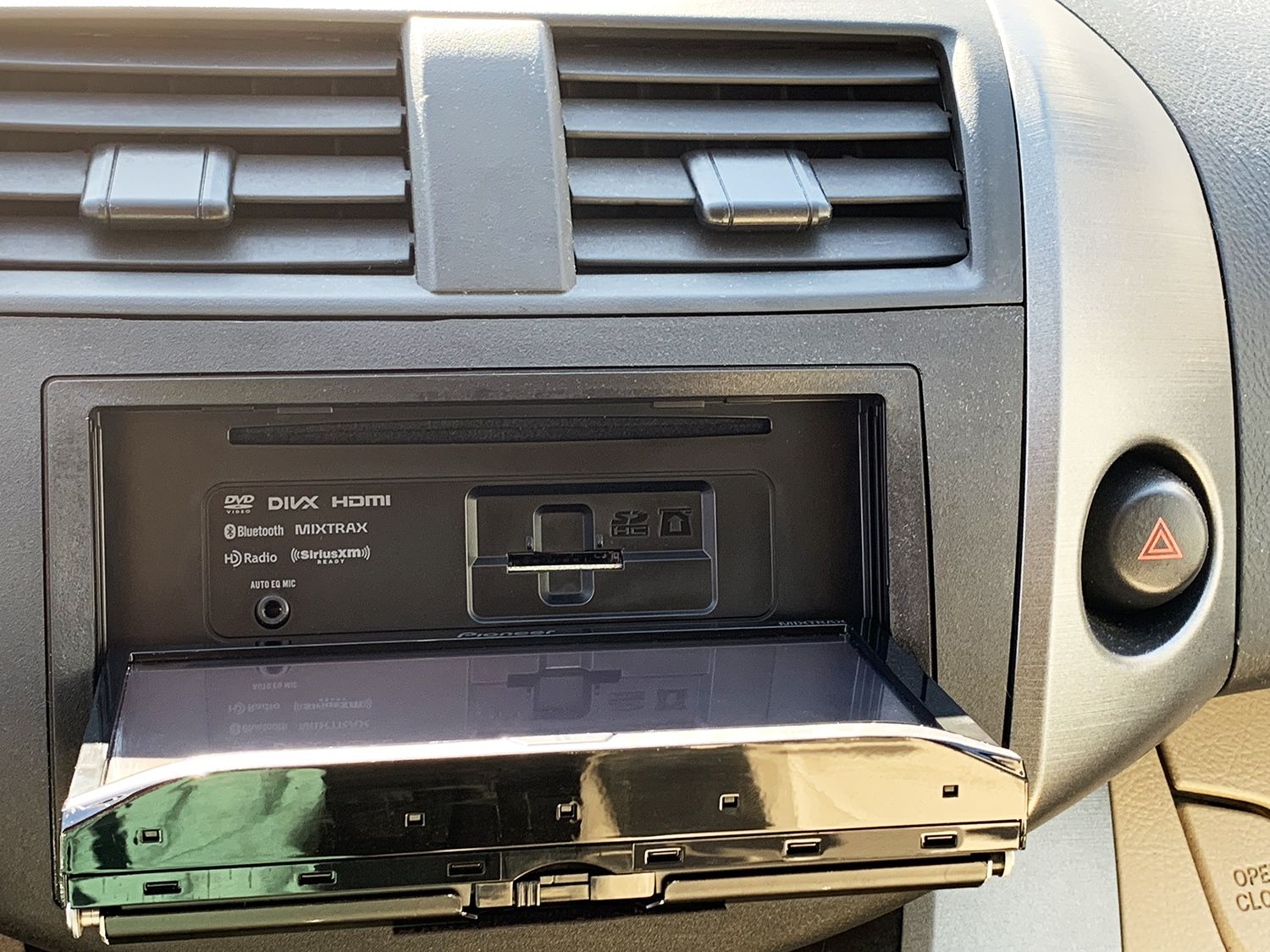 The 8 Best Car Stereo Systems To Buy In 2019