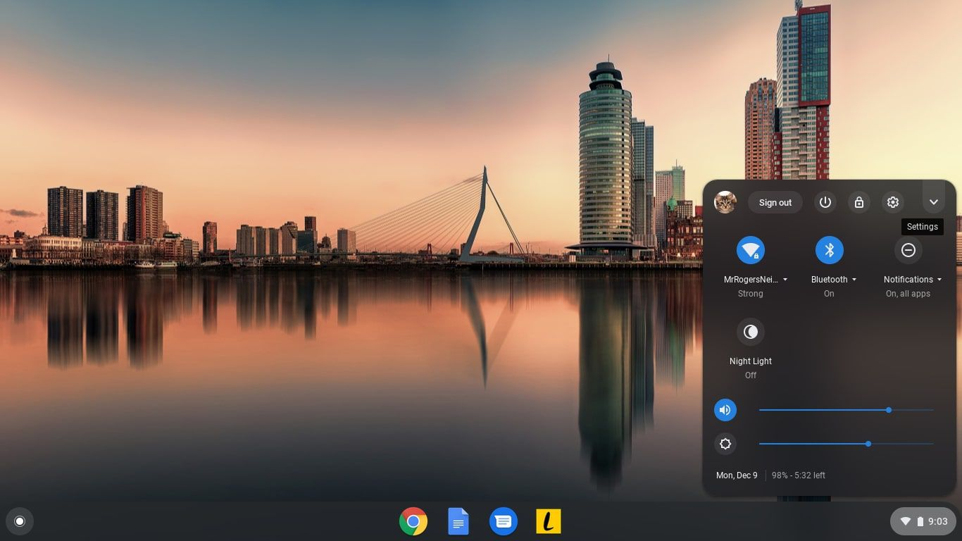 How To Adjust The Wallpaper Or Theme On Your Google Chromebook