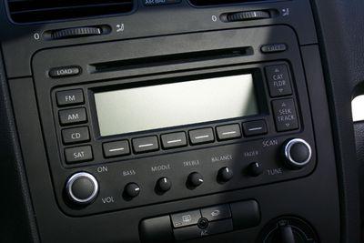 Double DIN car radio