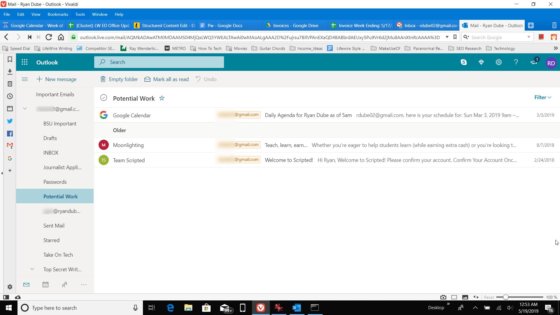 Screenshot of selecting a folder in Outlook online