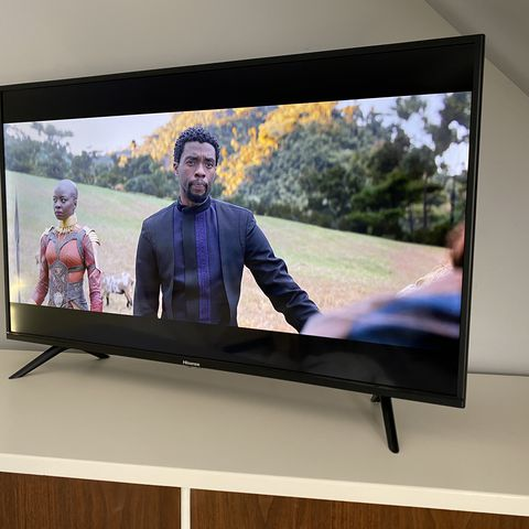 Hisense 40h5590f Smart Tv Review A Solid Budget Set