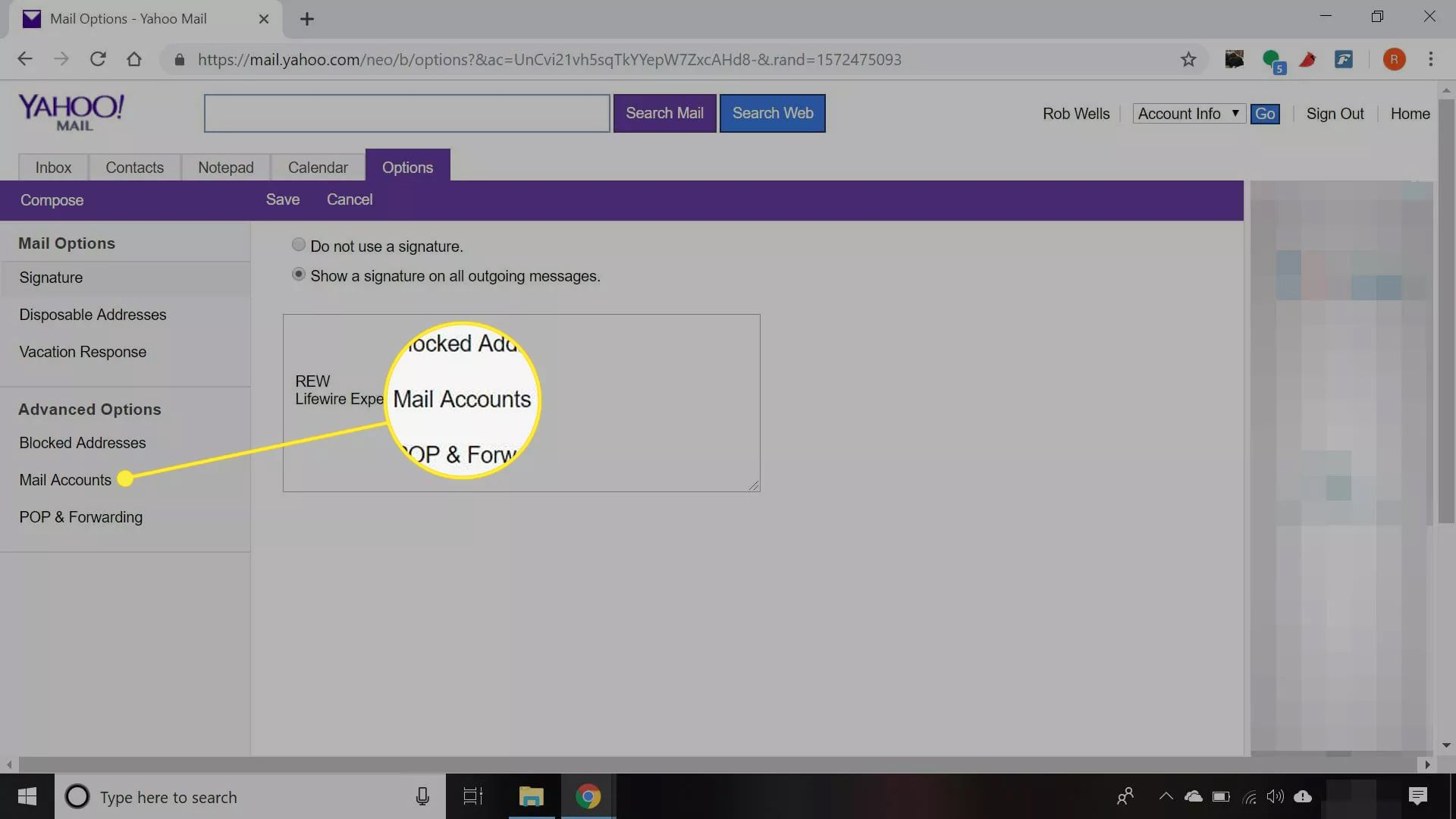 Yahoo Mail with 'Mail Accounts' option highlighted