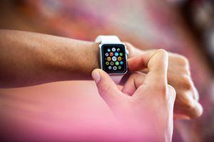 Apple Watch 38mm Stainless Steel White Sport