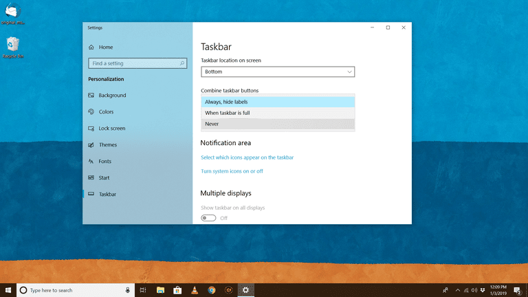 Taskbar grouping options in Windows 10