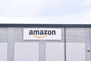 Amazon warehouse logo