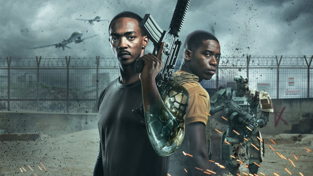 Anthony Mackie and Damson Idris in Outside the Wire