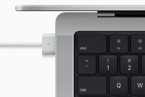 Apple MagSafe charger on MacBook Pro
