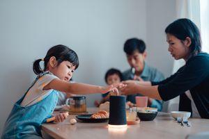 Family dinner smart speaker