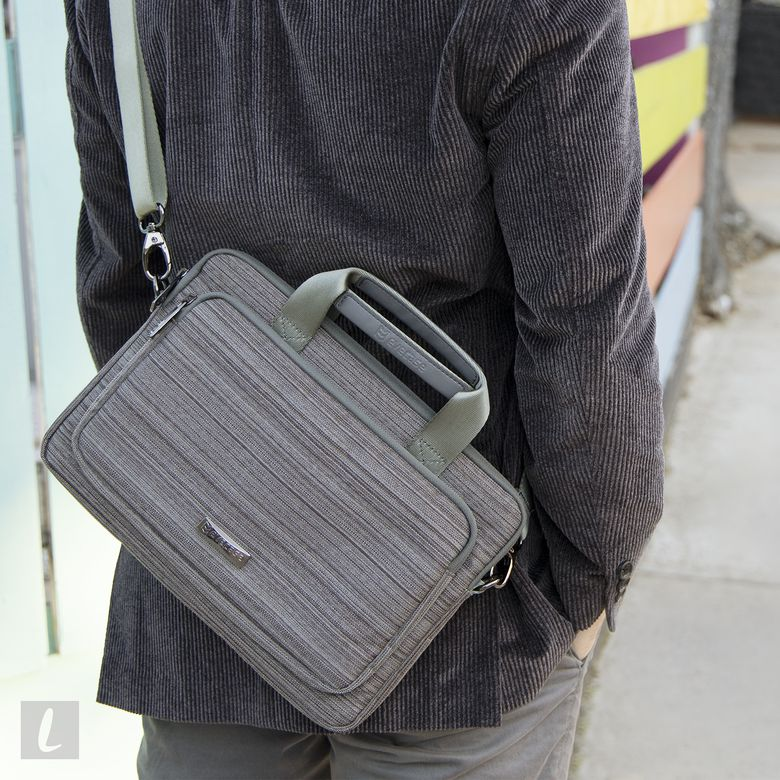 Evecase Universal Messenger Tote