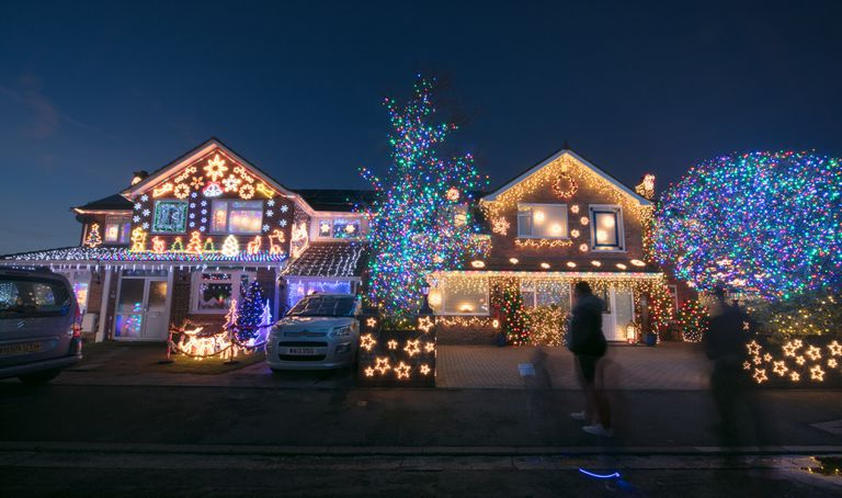 - How To Set Up Christmas Lights Synchronized To Music