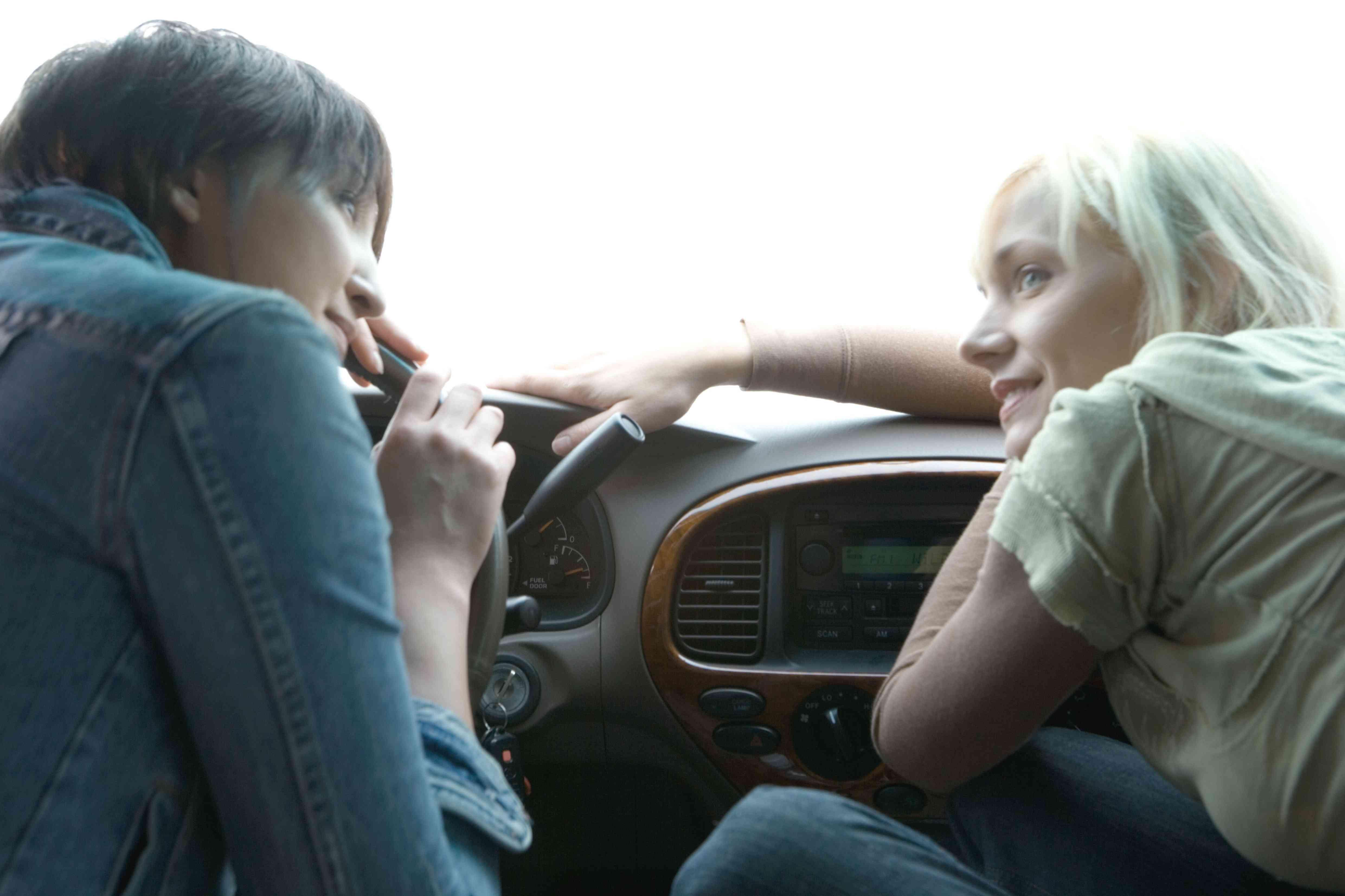Reasons Your Car Radio Reception Sucks