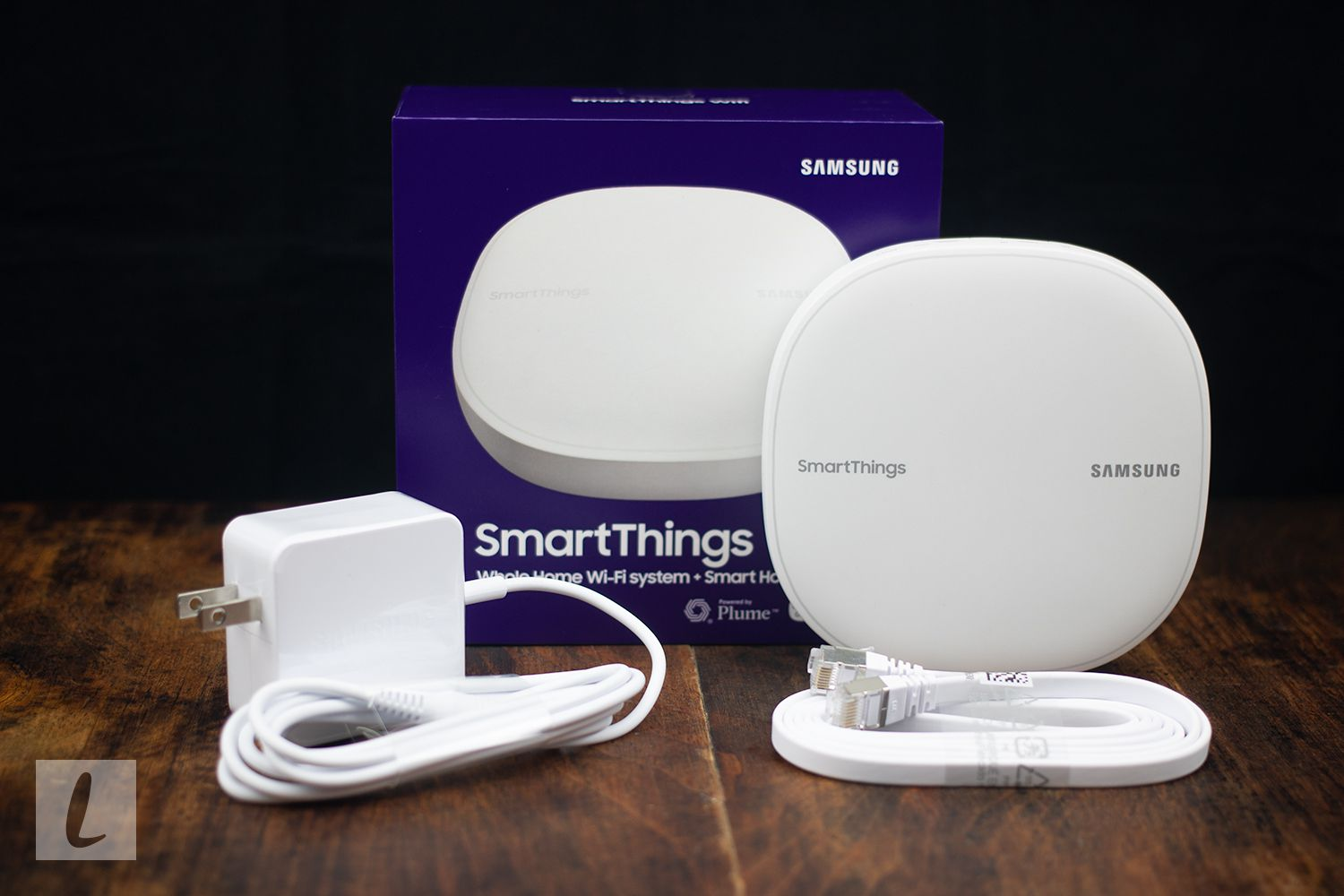 Samsung SmartThings Wifi Mesh Router and Smart Home Hub