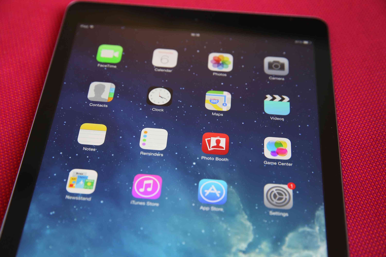 Apple iPad screen