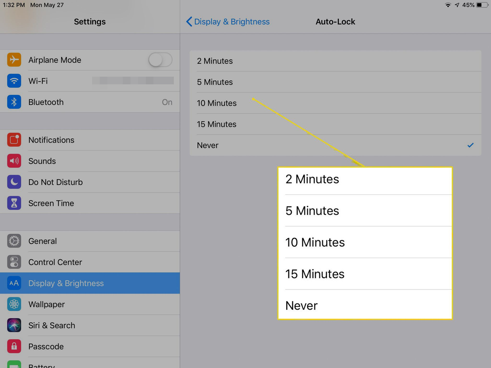 Auto-Lock timing settings on iPad with times highlighted