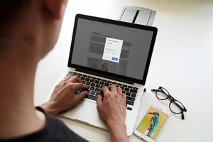 A person customizing line Spacing on Google Docs on a laptop computer.