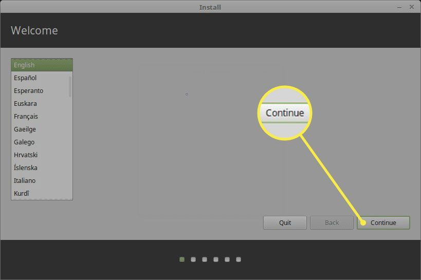 Linux Mint installer language selection screen