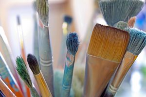 Artists's paint brushes