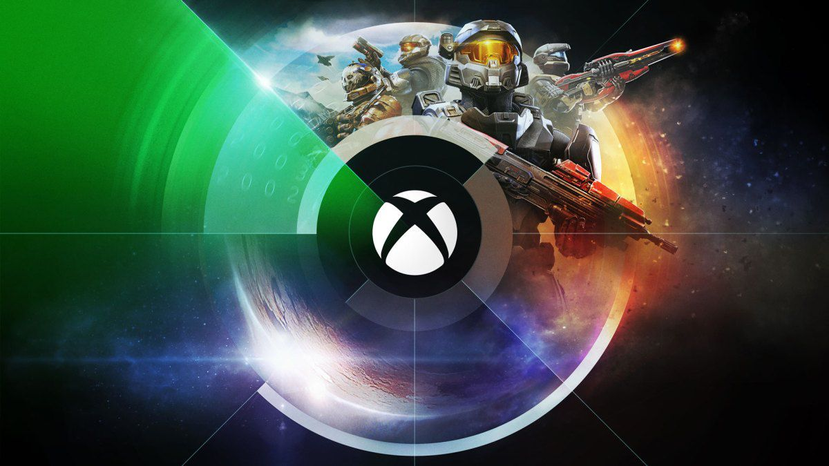 Xbox logo with a collage of Halo Spartans behind it