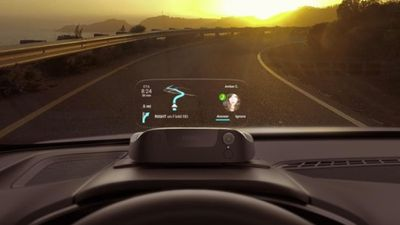 The Navdy HUD in a car