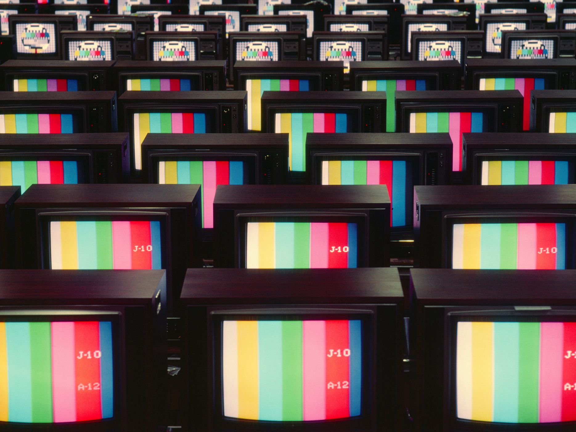 What Does Contrast Ratio Tell You About Your TV?