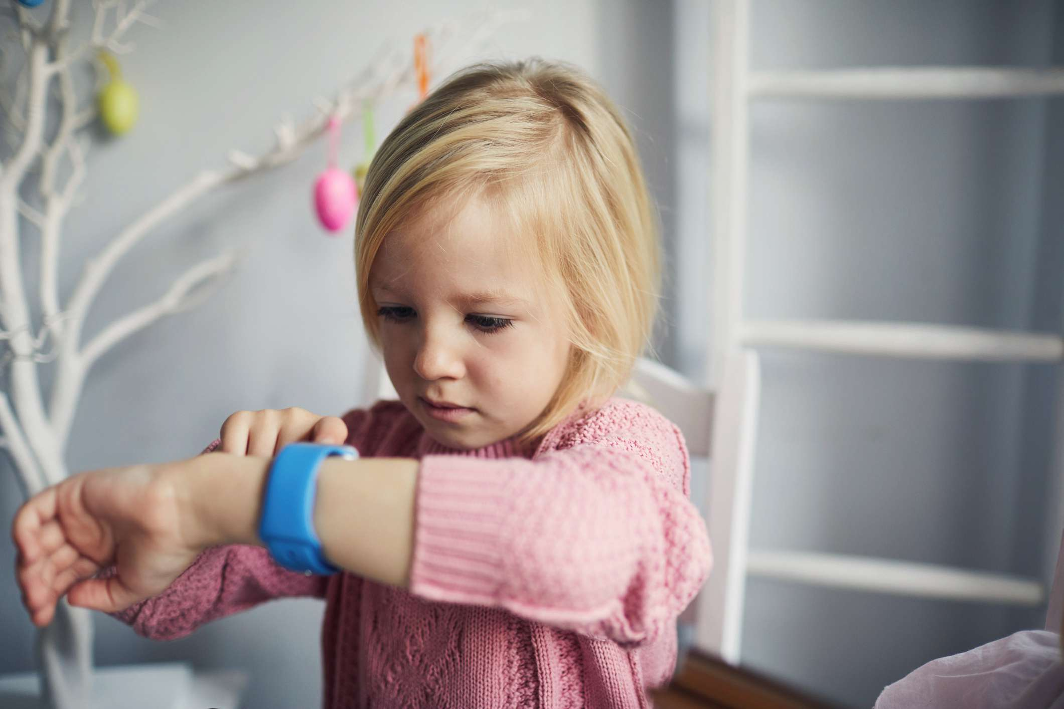 Child using a smart watch