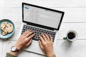 How to move email messages quickly in Outlook