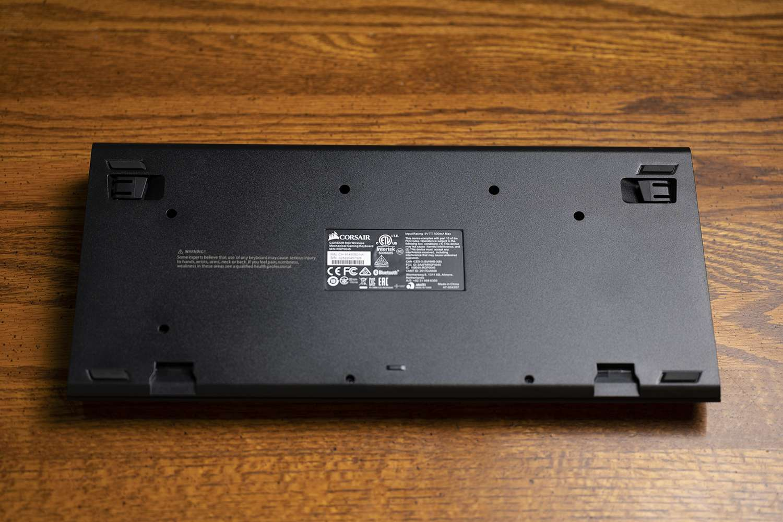 Corsair K63 Wireless