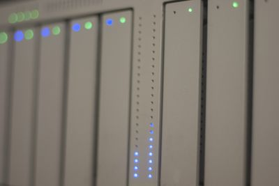 RAID server in rack configuration