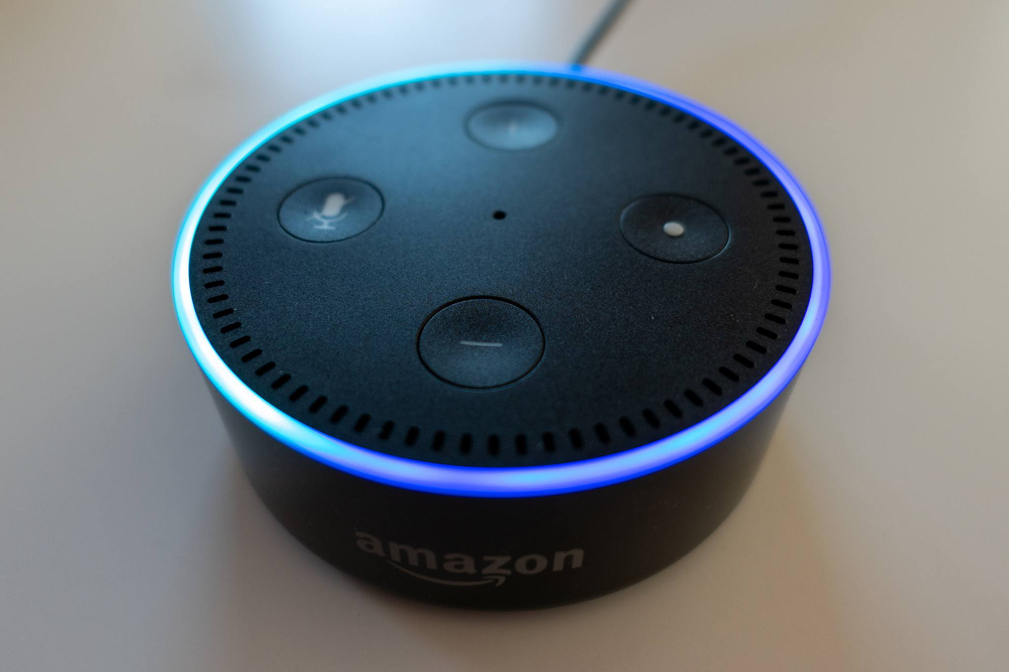 Why Is Alexa Flashing Green, Yellow, Red, White, or Purple?